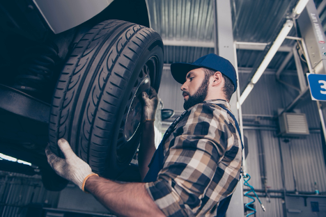 Tire changeover and maintenance Ajax Nissan