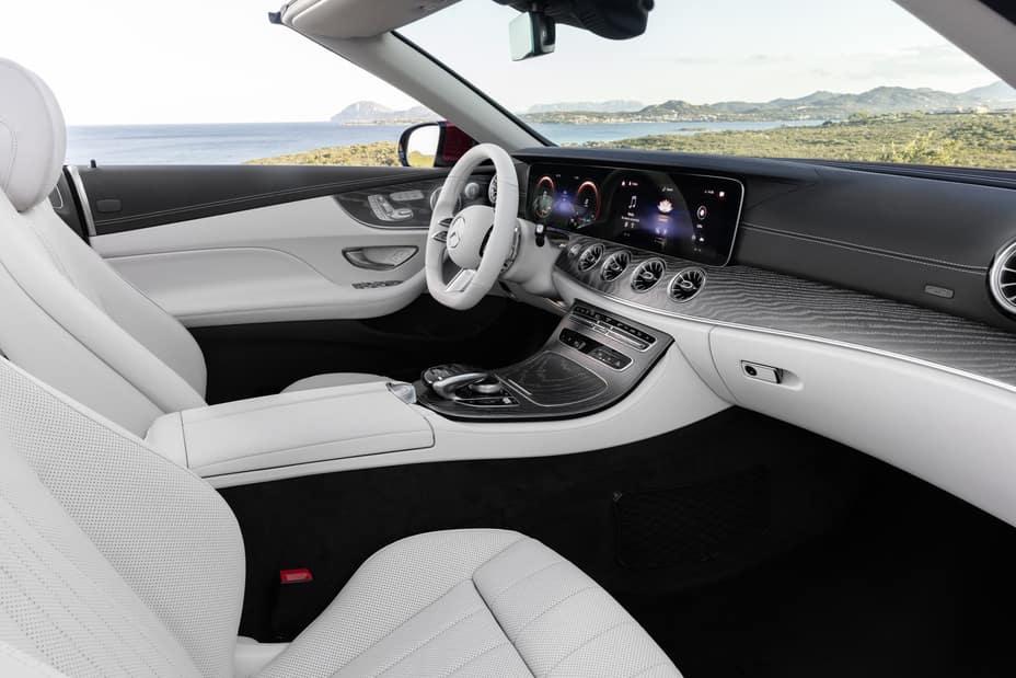 2021 E 450 Cabriolet interior