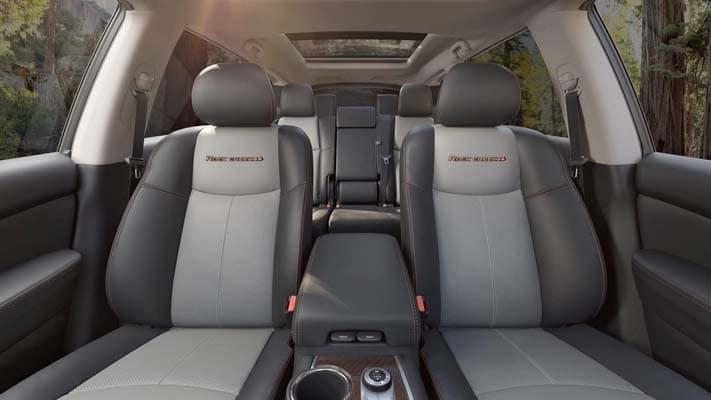 2020 nissan pathfinder interior seating
