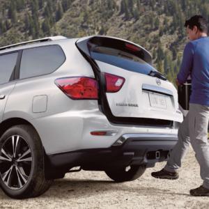 2020 Nissan Pathfinder Liftgate