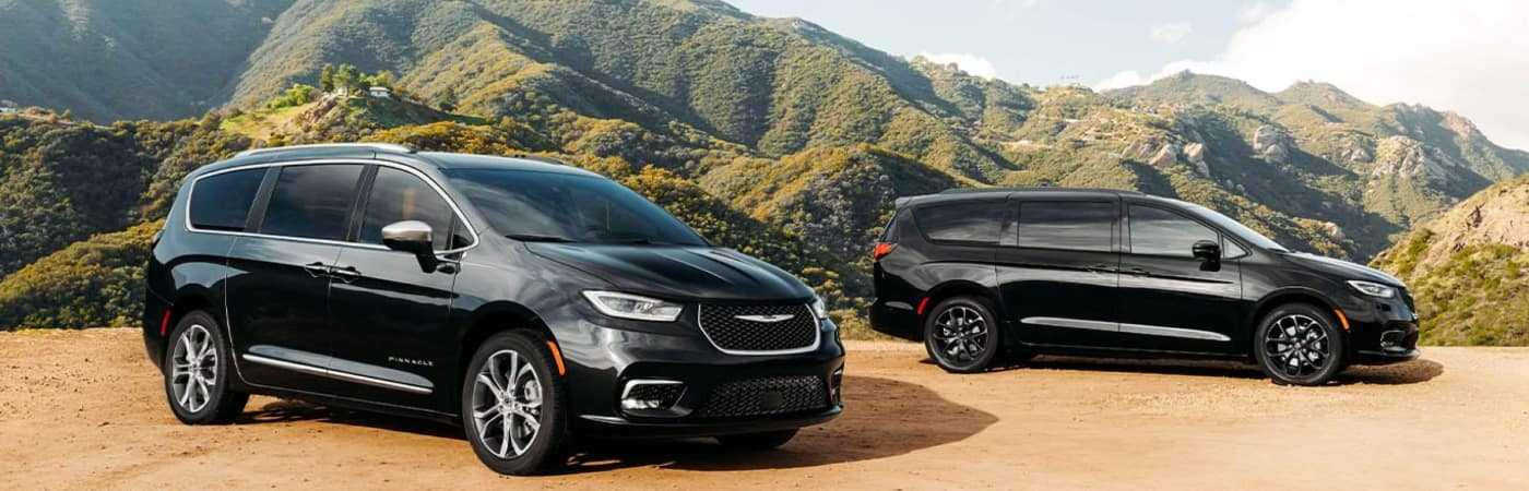 chrysler-pacificas-in-mountains