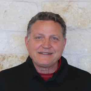 Craig Hofer