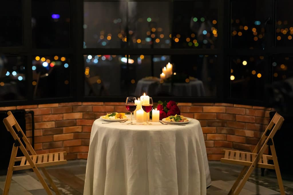 romantic restaurant table setting for two night