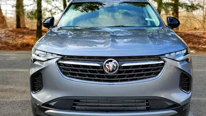 2021 Buick Envision Avenir in Satin Steel Metallic front end grill