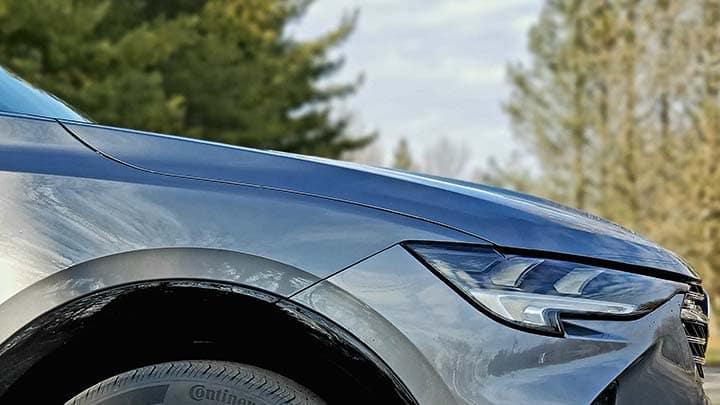 2021 Buick Envision Avenir in Satin Steel Metallic passenger side wheel