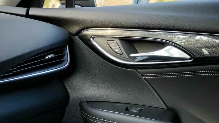 2021 Buick Envision Avenir passenger door