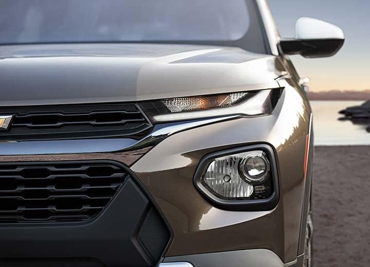 2021 Chevrolet Trailblazer ACTIV AWD (1TX56) in Zeus Bronze Metallic (GUI) with Summit White roof (GAZ)