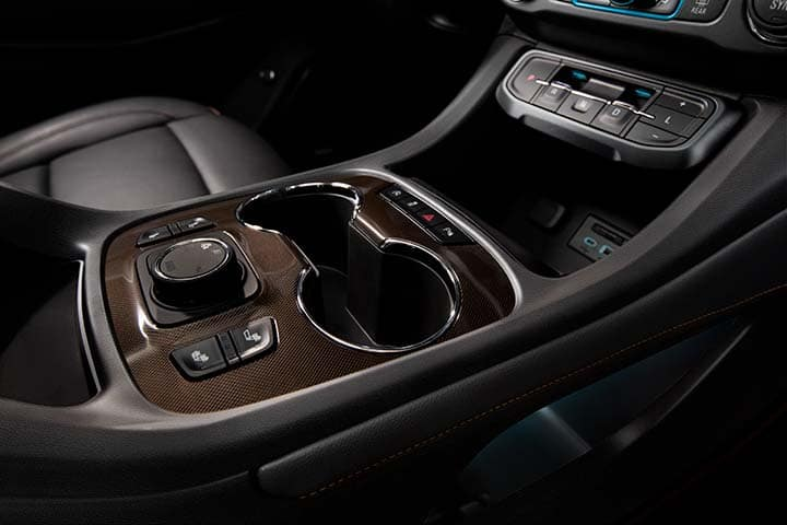 2021 GMC Acadia AT4 AWD Center Console with Precision Shift System; Kalahari(119X)/Jet Black (600R) Leather-Appointed Interior
