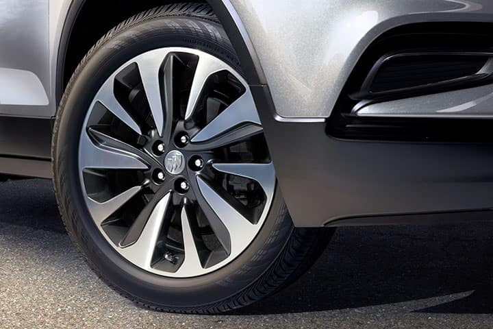 "2021 Buick Encore Base (1SV) and Preferred (1SB) 18"" 10-Spoke Aluminum wheel with Technical Gray pockets"